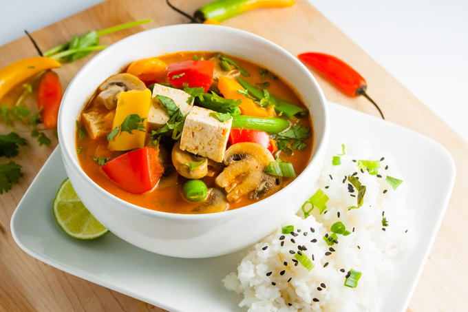 thai-red-curry-with-vegetables-and-tofu